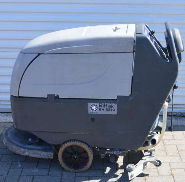 Gebrauchter Reinigungsautomat Nilfisk BA 551D